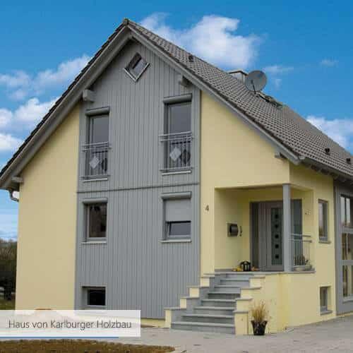 Haus von Karlburger Holzbau pink