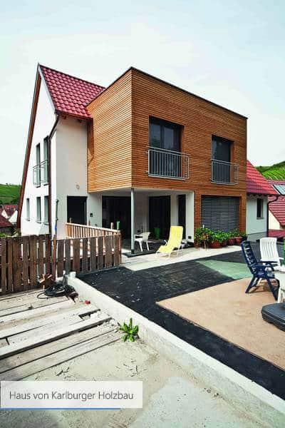 Haus von Karlburger Holzbau rosa