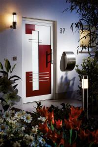 Haustüre in rot und weiss