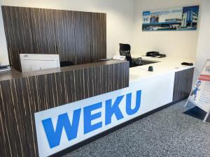 WEKU Ausstellung München - Empfangstresen