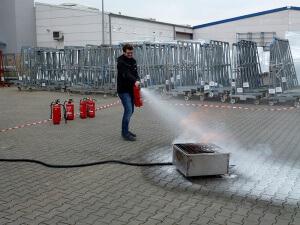 Feuerlöscherschulung bei WEKU